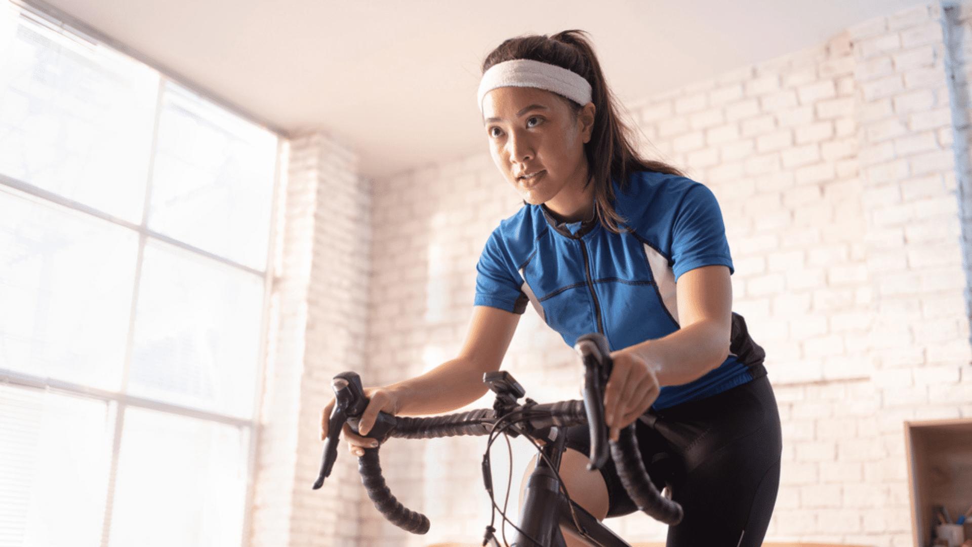 Veja quais foram as bicicletas ergométricas mais vendidas no Zoom em abril de 2021! (Imagem: Reprodução/Shutterstock)