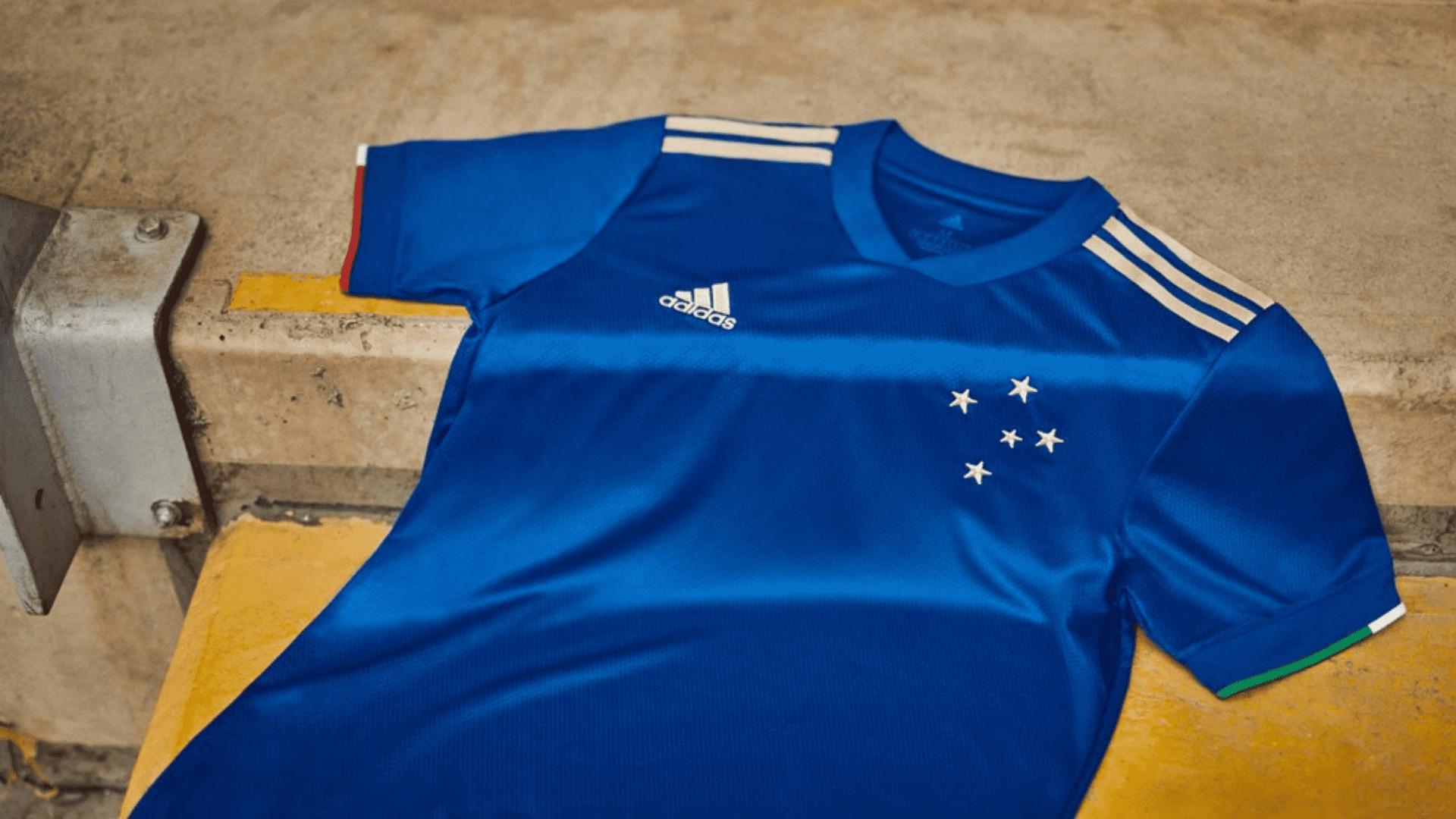 Conheça os modelos de camisa do Cruzeiro para comprar em 2021! (Imagem: Divulgação/Adidas)