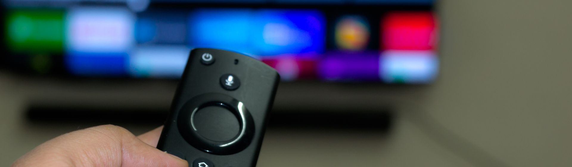 Amazon Fire TV stick 4K vs Fire TV stick: o que muda entre essas smart TV boxes?