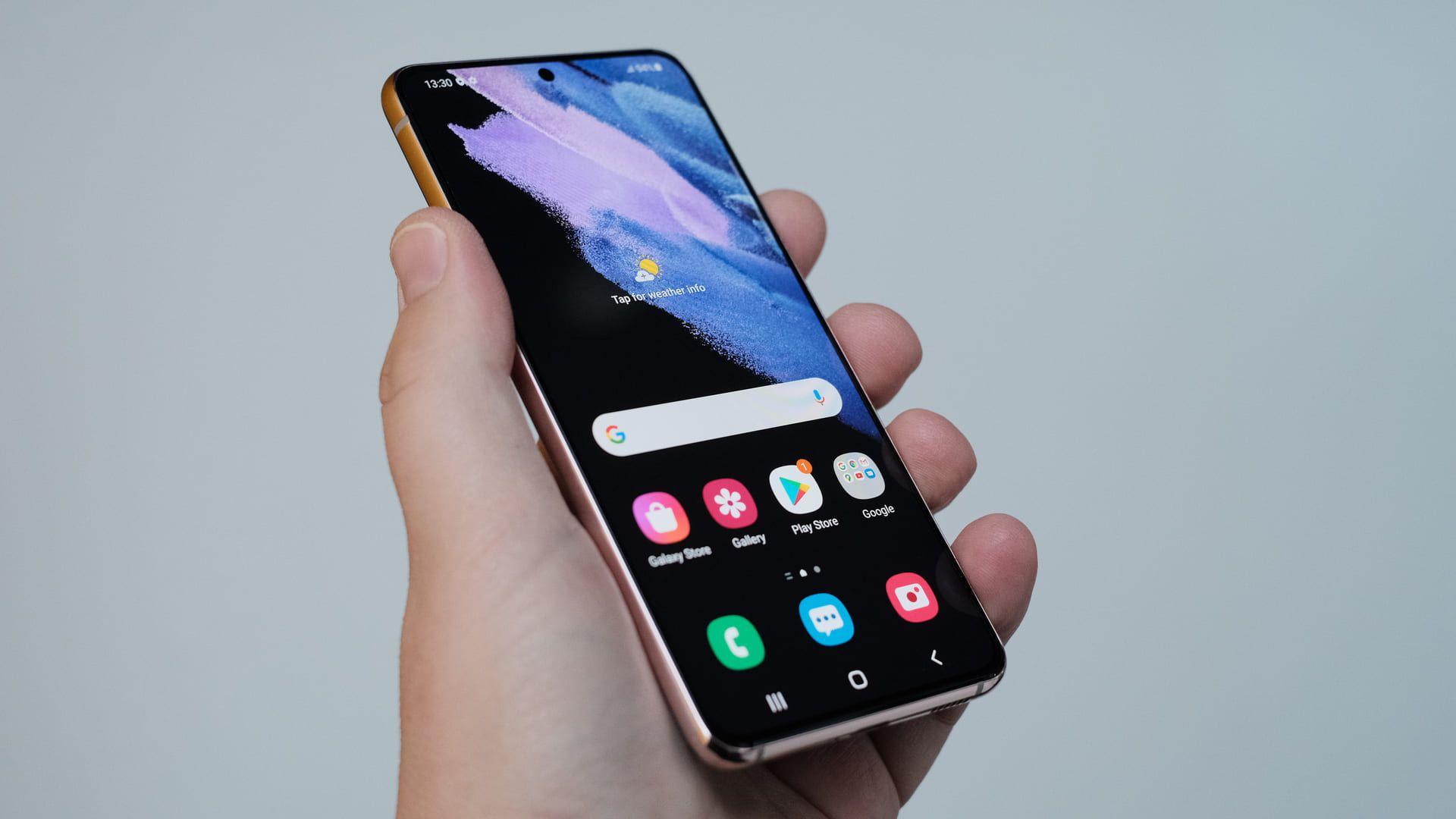 O Galaxy S21 Ultra é um dos melhores celulares para jogar Free Fire do momento
