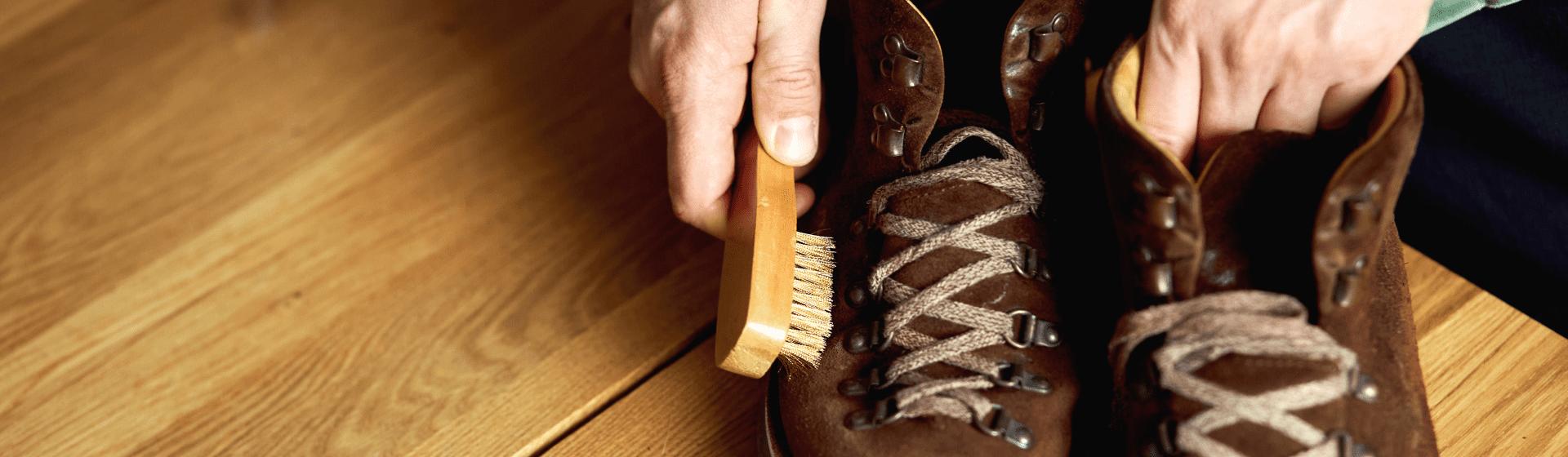 Como limpar tênis de camurça
