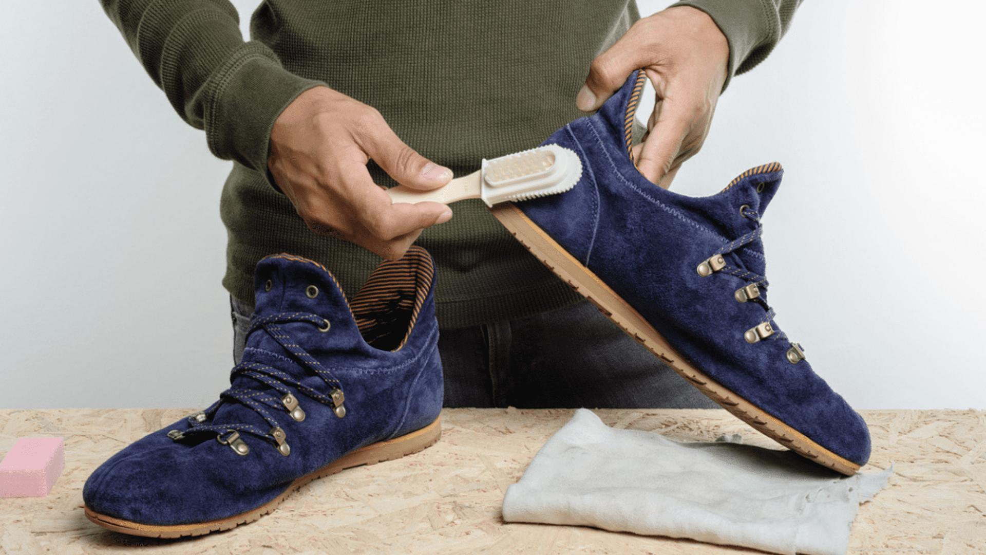 Separamos algumas dicas para você conservar tênis de camurça! (Imagem: Reprodução/Shutterstock)