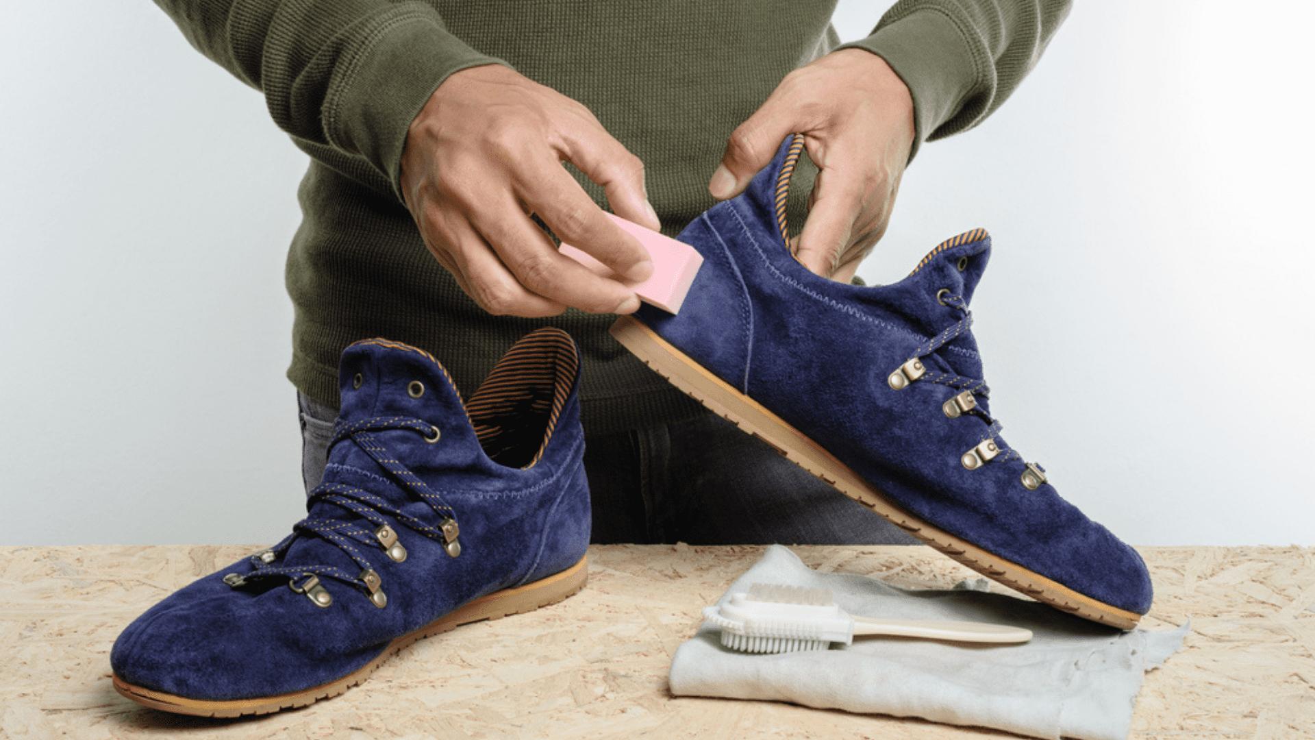 Veja os produtos para limpar tênis de camurça que você vai precisar! (Imagem: Reprodução/Shutterstock)