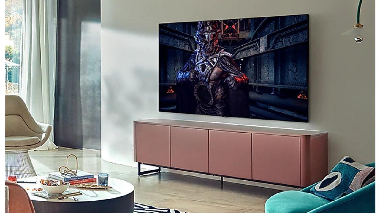 A taxa de atualização e recursos disponíveis na TV Samsung QLED são ideais para os gamers (Foto: Divulgação/Samsung)