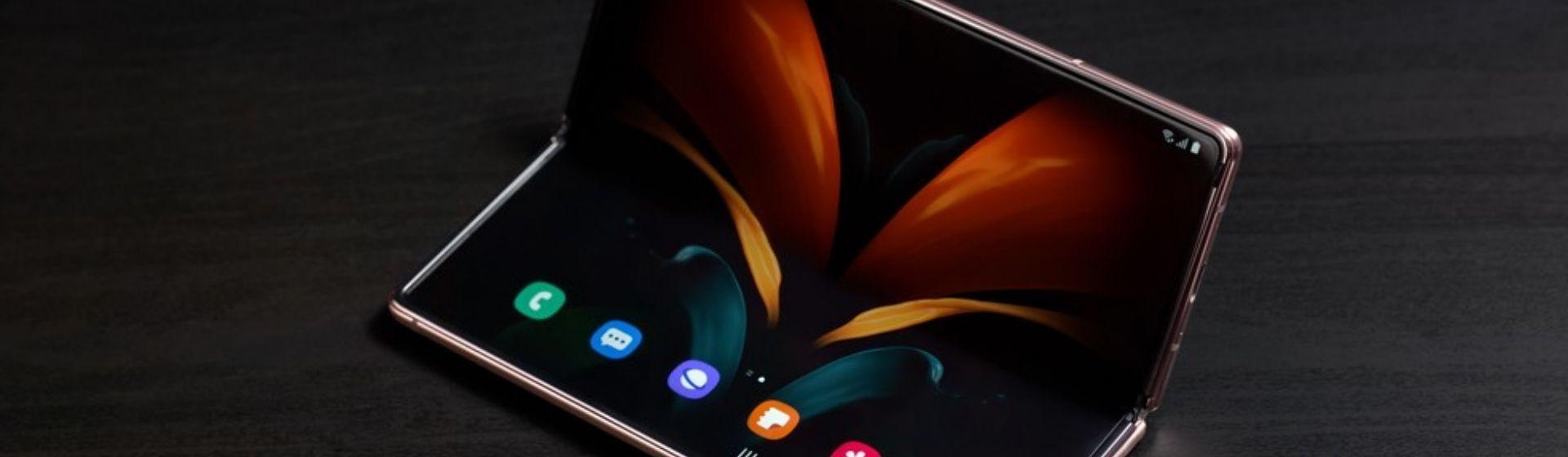 Galaxy Z Fold 2: celular dobrável da Samsung vale a pena?