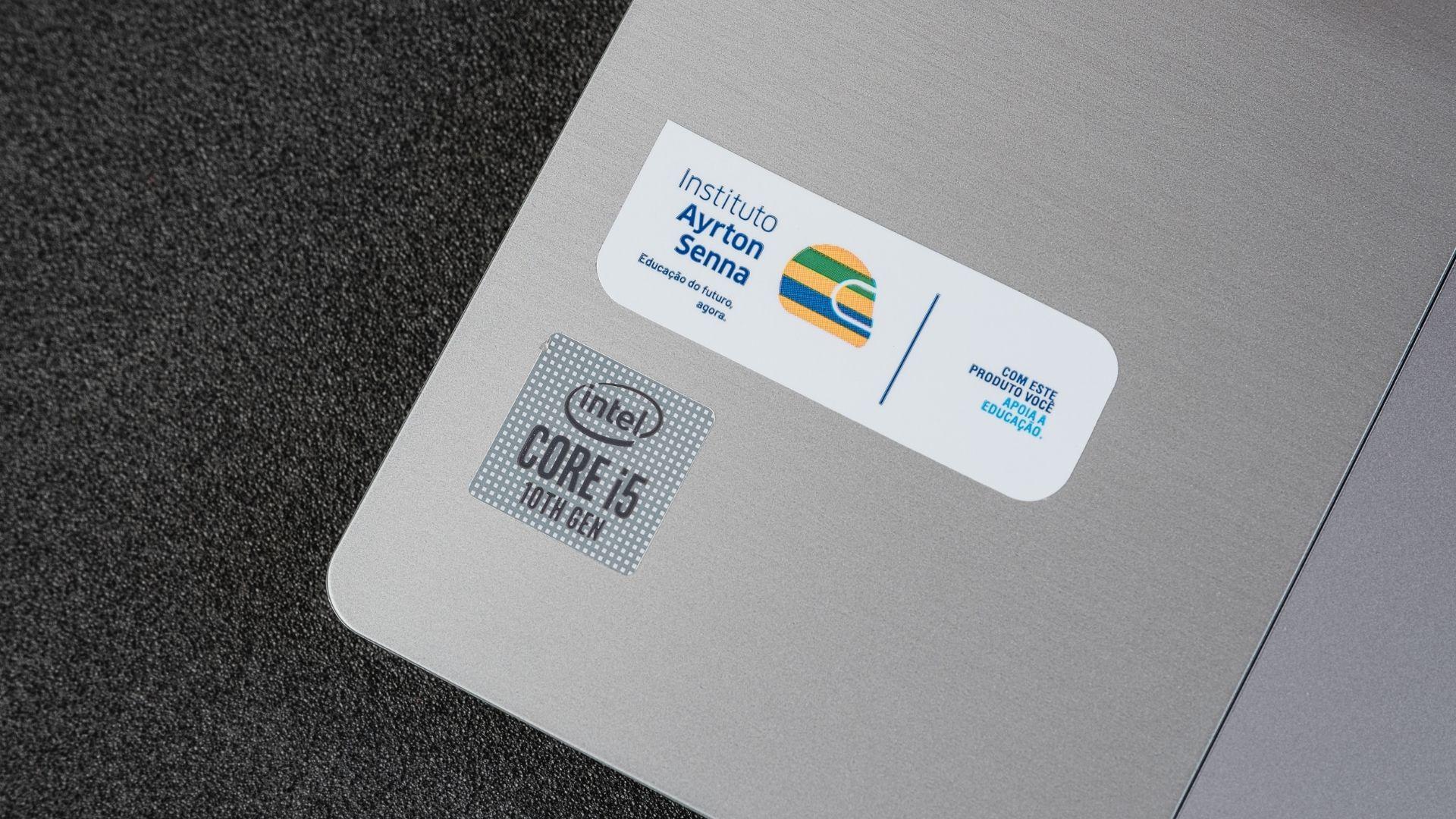 Com seu i5, 8GB de RAM e SSD, o produto testado tem um ótimo desempenho (Foto: Zoom)