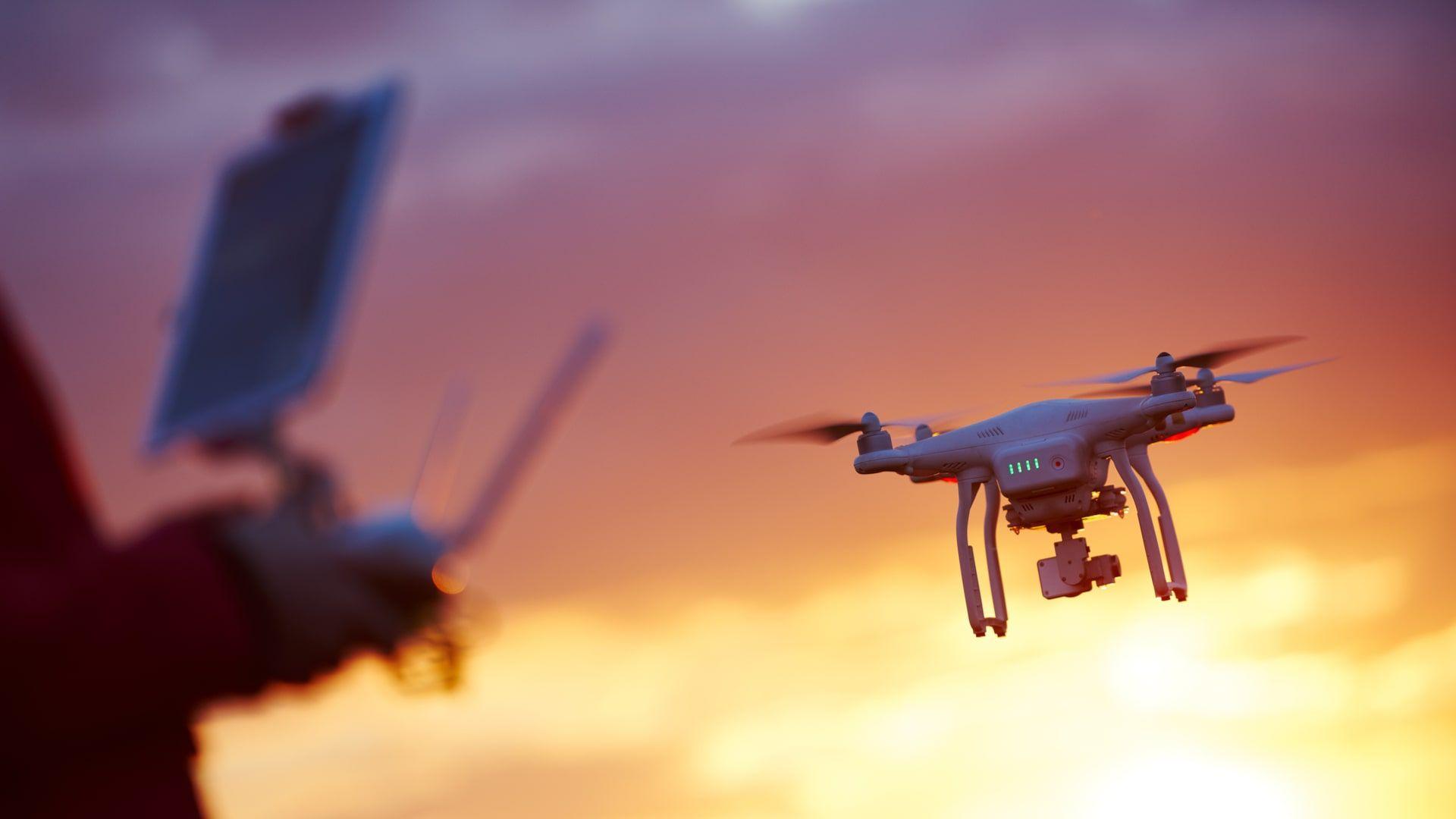 Antes de comprar um drone, tenha certeza do seu perfil de uso e das especificações do produto (Foto: Shutterstock)