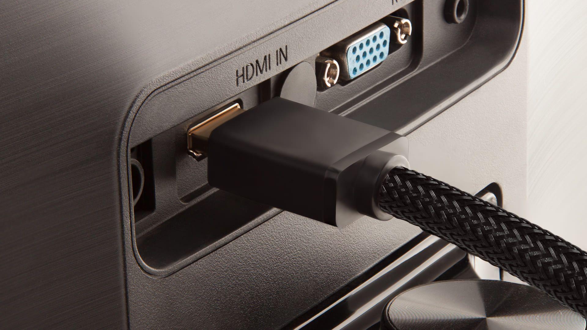 Se você tem uma TV com entrada HDMI, siga o passo a passo abaixo. (Foto: Shutterstock)