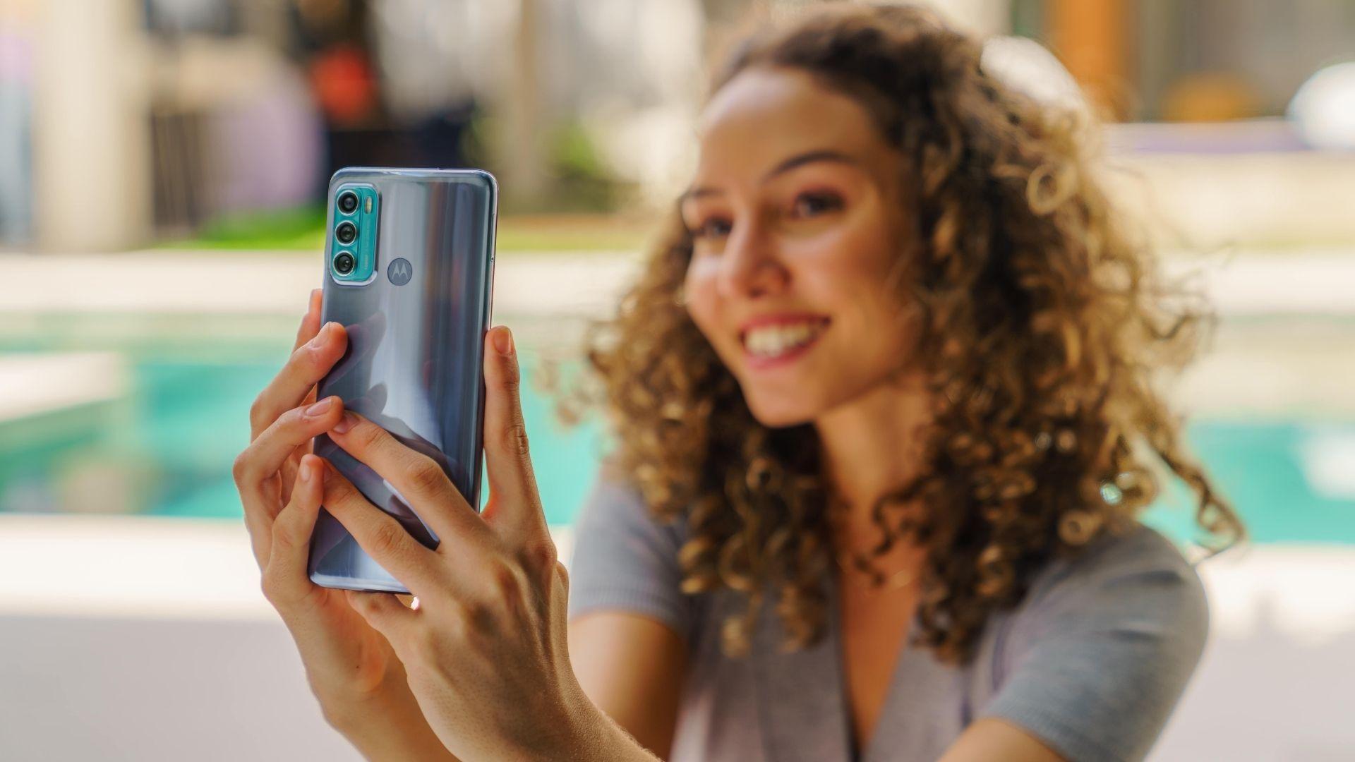 Melhores celulares: Moto G60 oferece bateria de 6.000 mAh (Foto: Divulgação/Motorola)