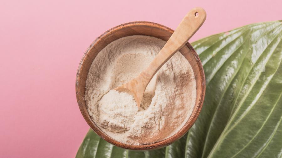 O colágeno hidrolisado é recomendado para quem quer cuidar da pele (Imagem: Reprodução/Shutterstock)