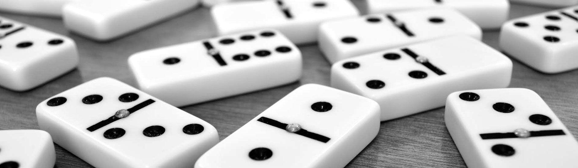 Como jogar dominó? Aprenda as regras do jogo clássico