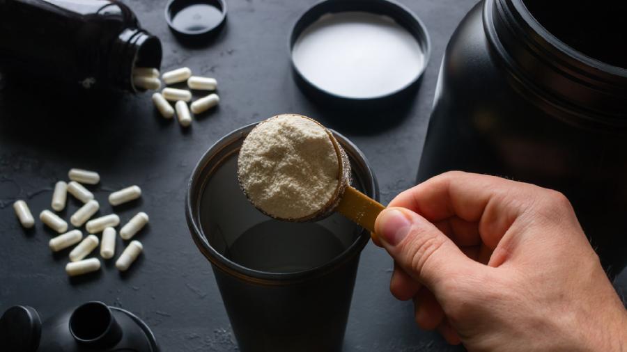 Confira o que a creatina faz com o corpo (Imagem: Reprodução/Shutterstock)