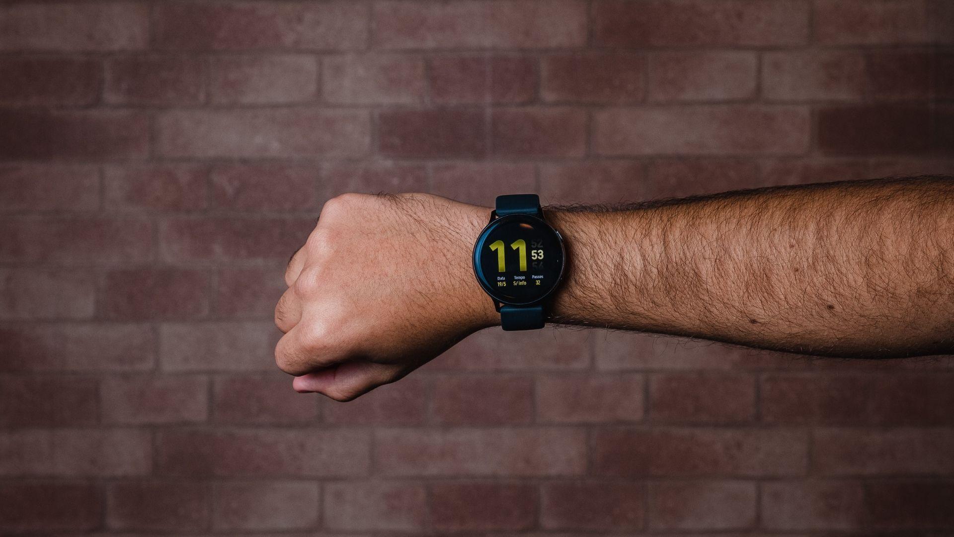 Galaxy Watch Active 2 é um smartwatch bem completo (Foto: Zoom)