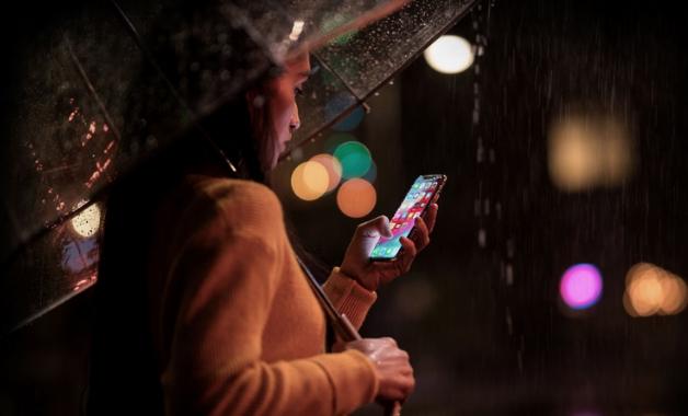 iPhone XS Max e iPhone XS têm três opções de armazenamento, mas não aceita microSD (Foto: Divulgação/Apple)
