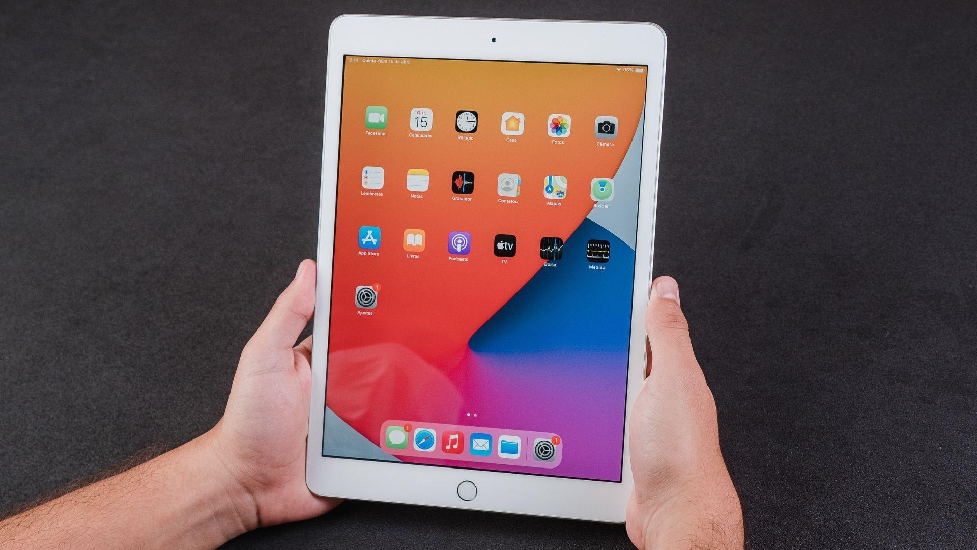 iPad 8ª geração tem versão com 4G e diferentes quantidades de armazenamento (Foto: Zoom)