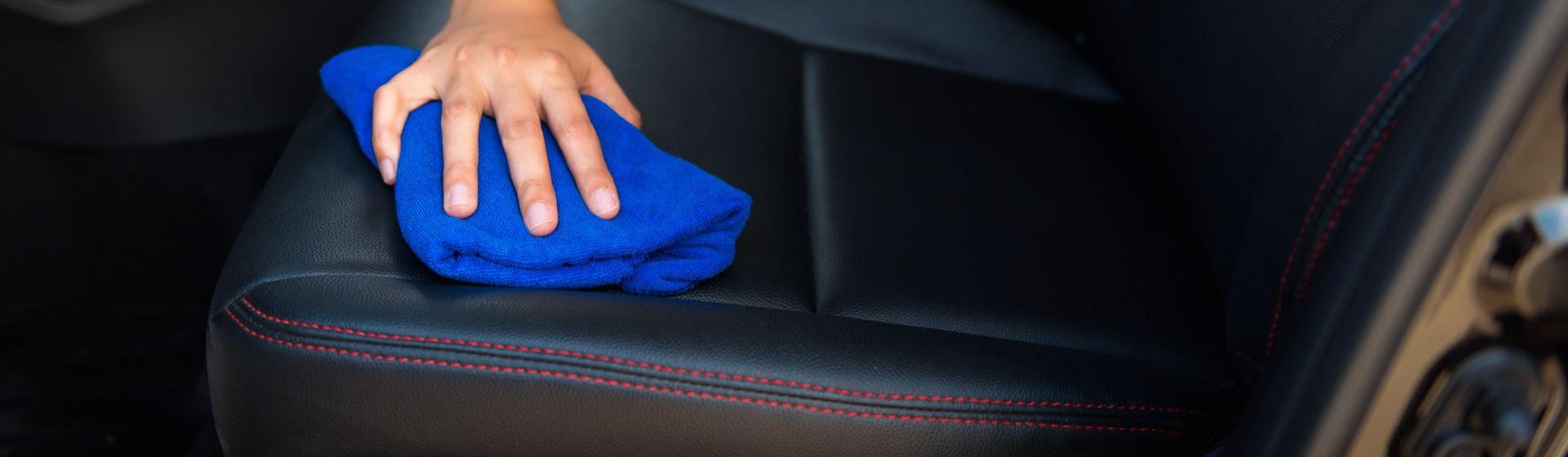 Como limpar banco de carro?