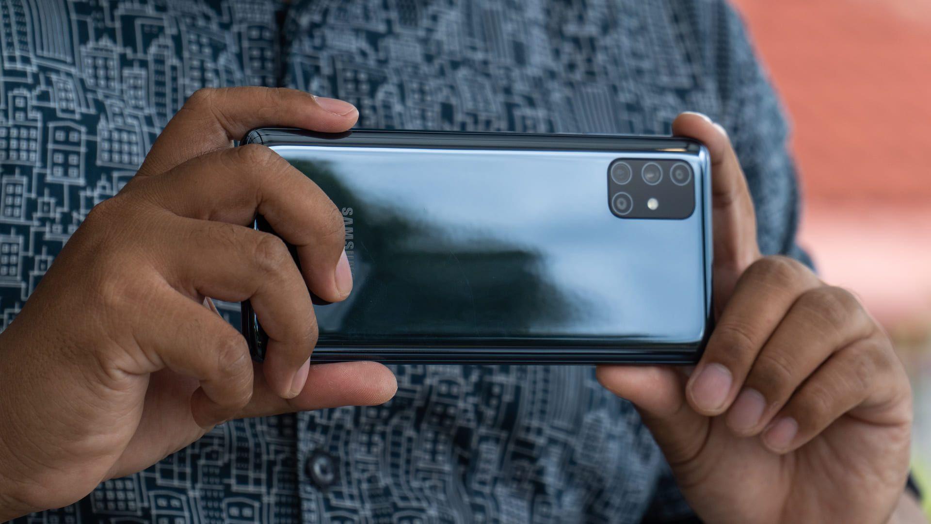 M51 vs A71: O Galaxy M51 é um pouquinho melhor para fotos com baixa iluminação (Foto: Shuttestock)