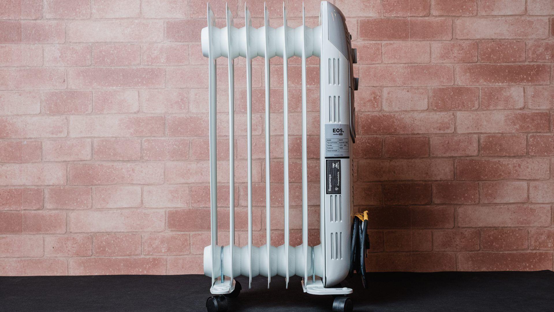 Os radiadores do aquecedor são responsáveis pelo peso do aparelho (Foto: Zoom)