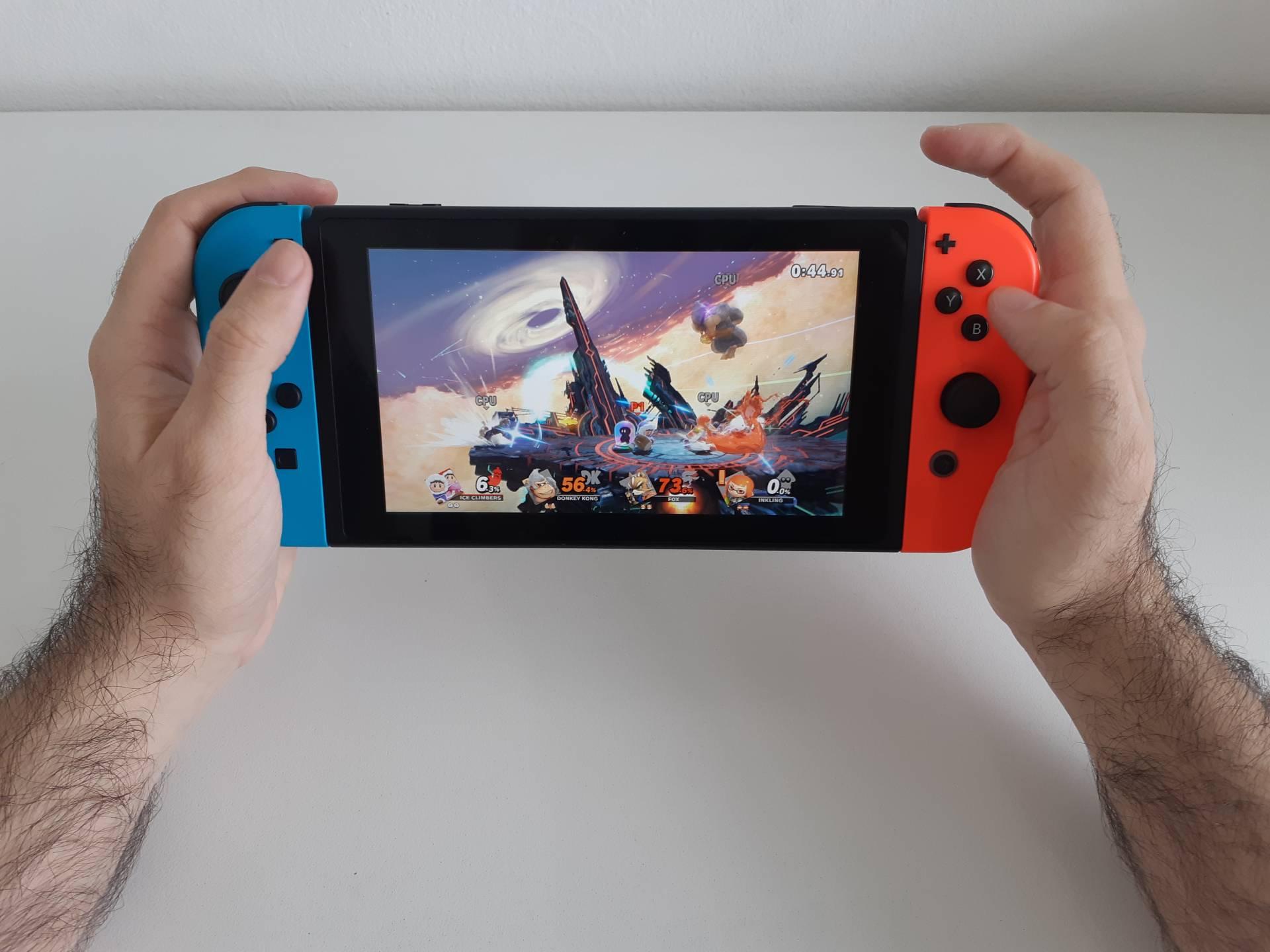 O modo portátil é semelhante a jogar no Game Boy ou Nintendo DS