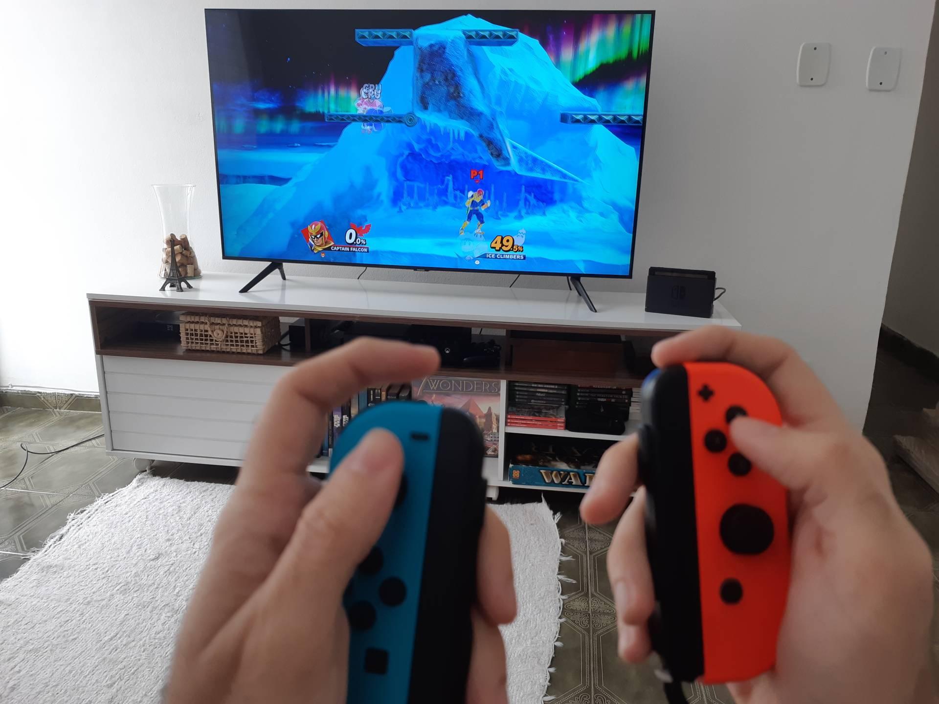 Esse modo é ideal para jogos por movimento ou para quem se acostumou a jogar da mesma maneira que fazia no Wii