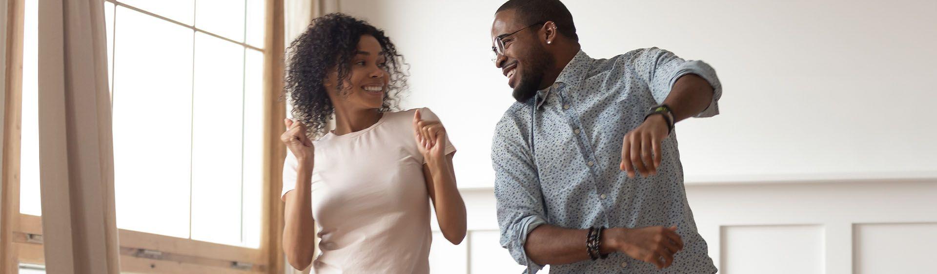 O que fazer no Dia dos Namorados em casa: 5 ideias para surpreender o seu amor