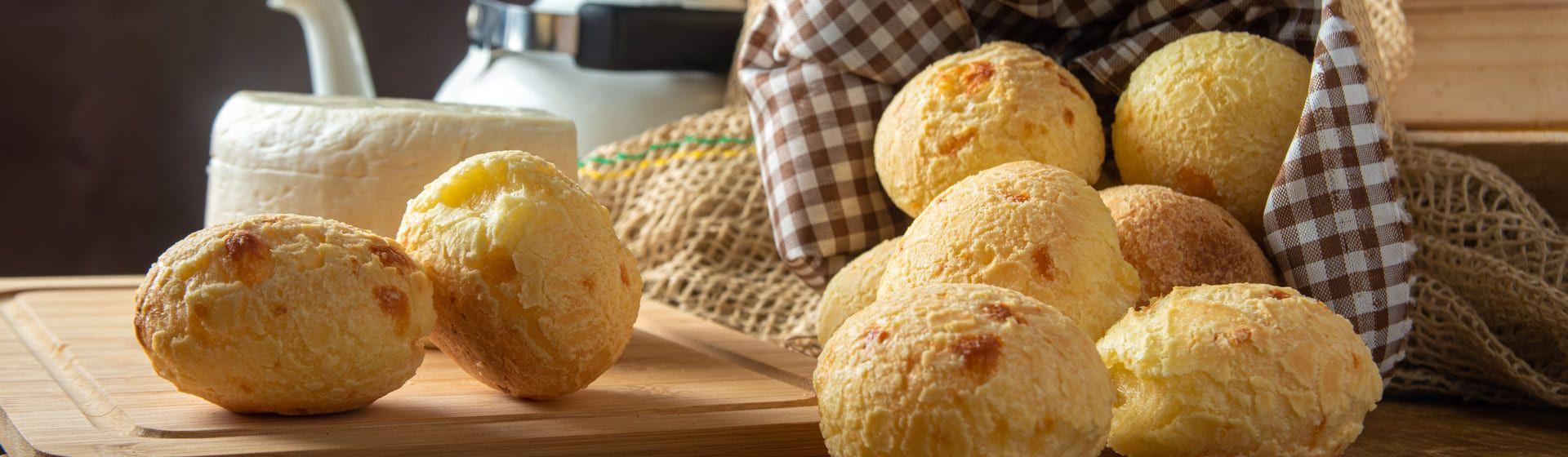 Receita de pão de queijo no liquidificador: veja o passo a passo