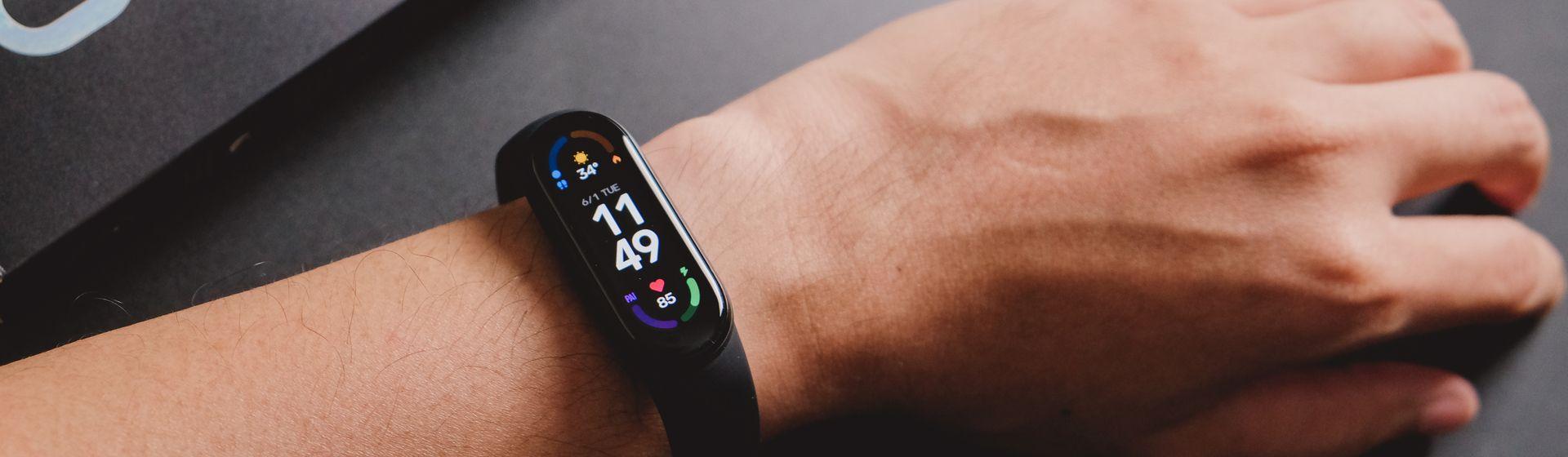 Smartbands mais vendidas em março de 2021: Mi Band 5 segue na ponta