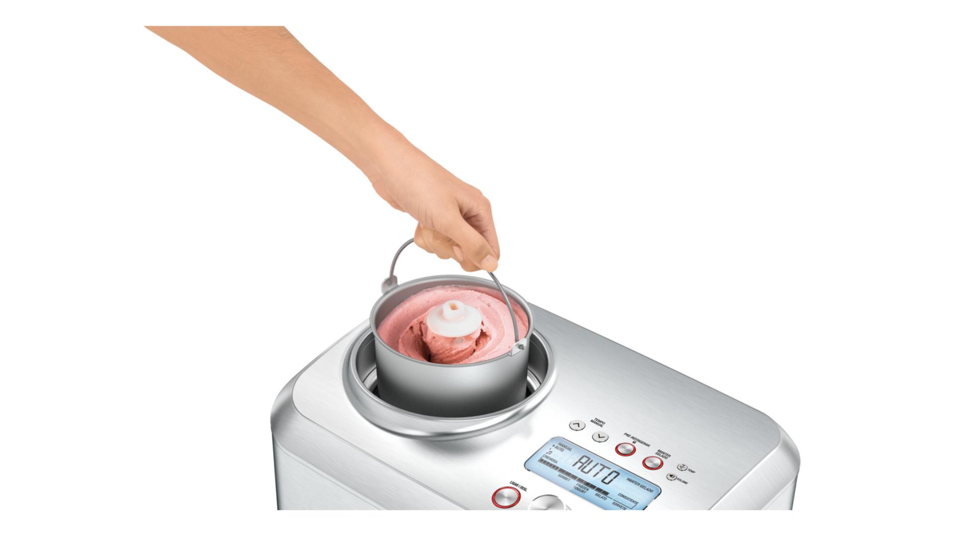 O dispenser para os ingredientes é removível, o que facilita o preparo e limpeza. (Imagem: Divulgação/Tramontina)