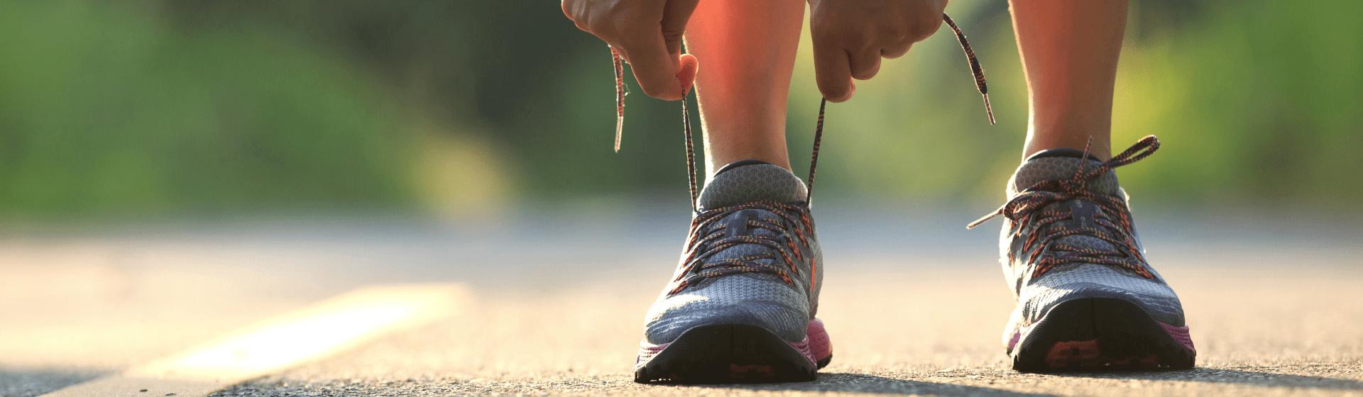 Tênis para caminhada mais vendidos em maio de 2021