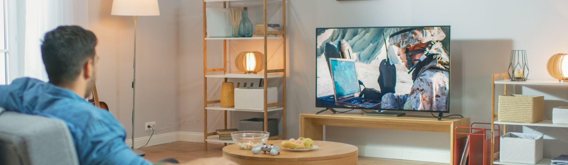 TV usada: vale a pena? Saiba o que considerar na hora da compra