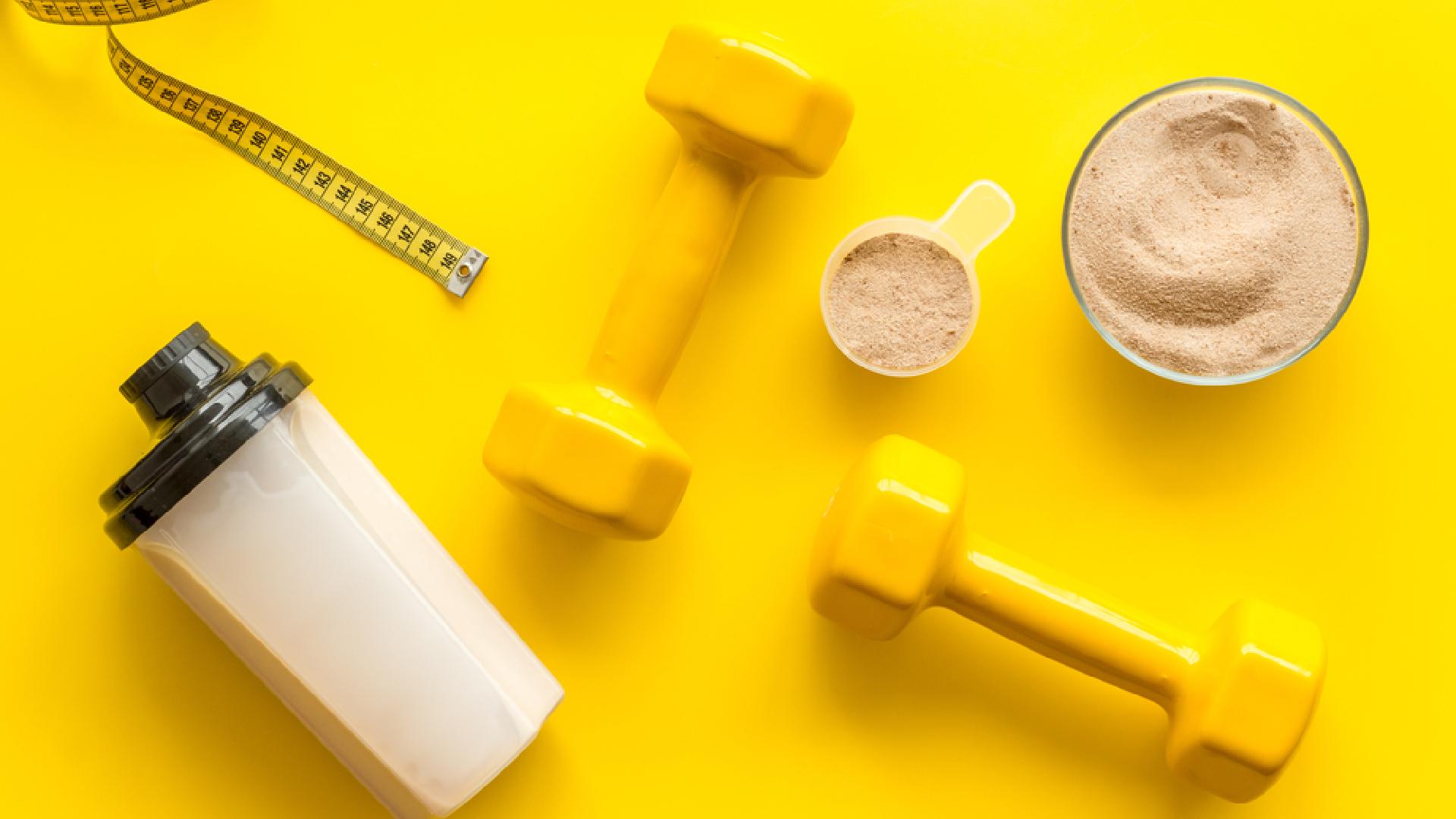 Entenda se o Whey Protein engorda ou emagrece (Imagem: Reprodução/Shutterstock)