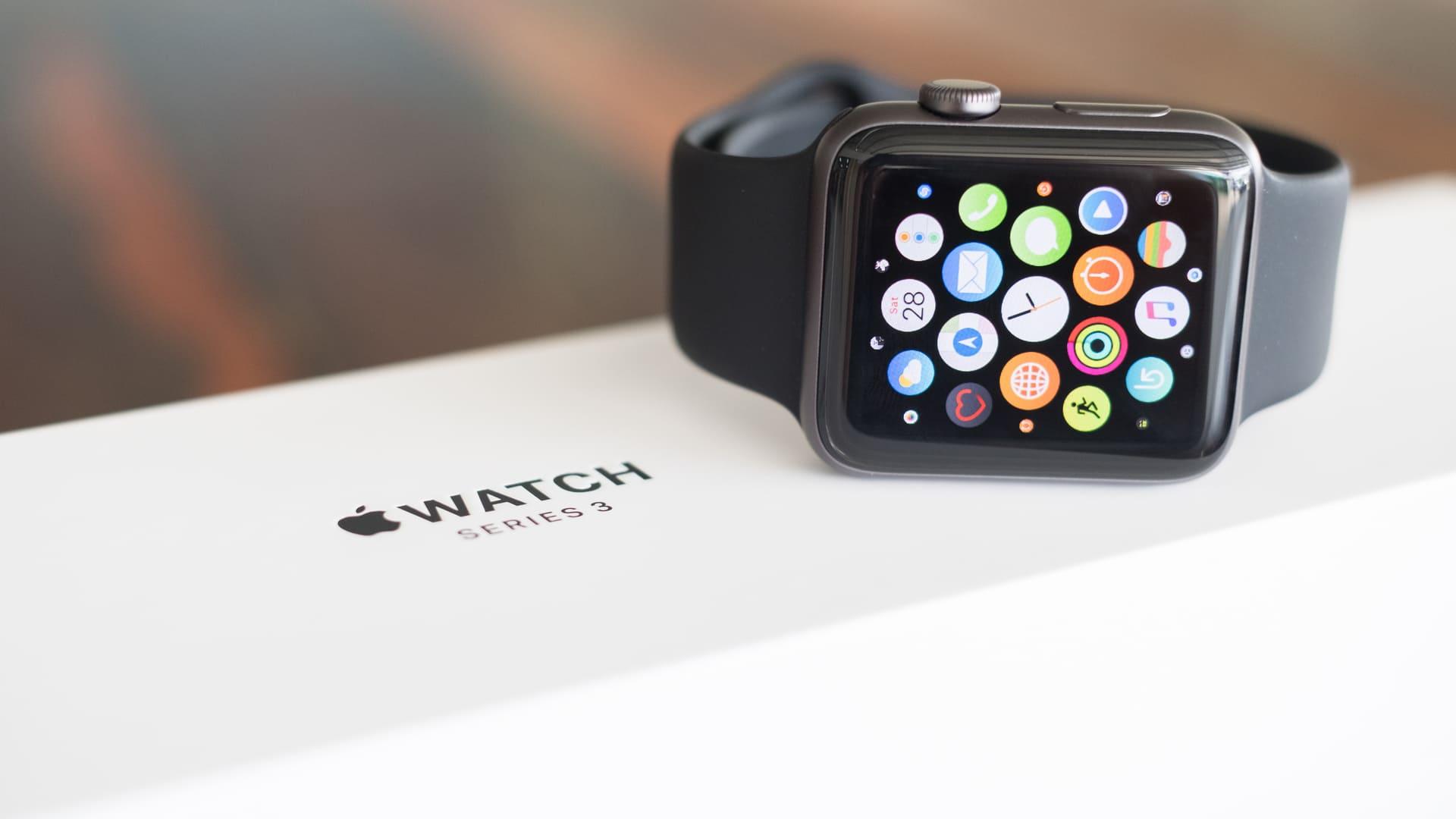 Smartwatch Apple Watch Series 3 é um modelo mais antigo (Foto: Shutterstock)