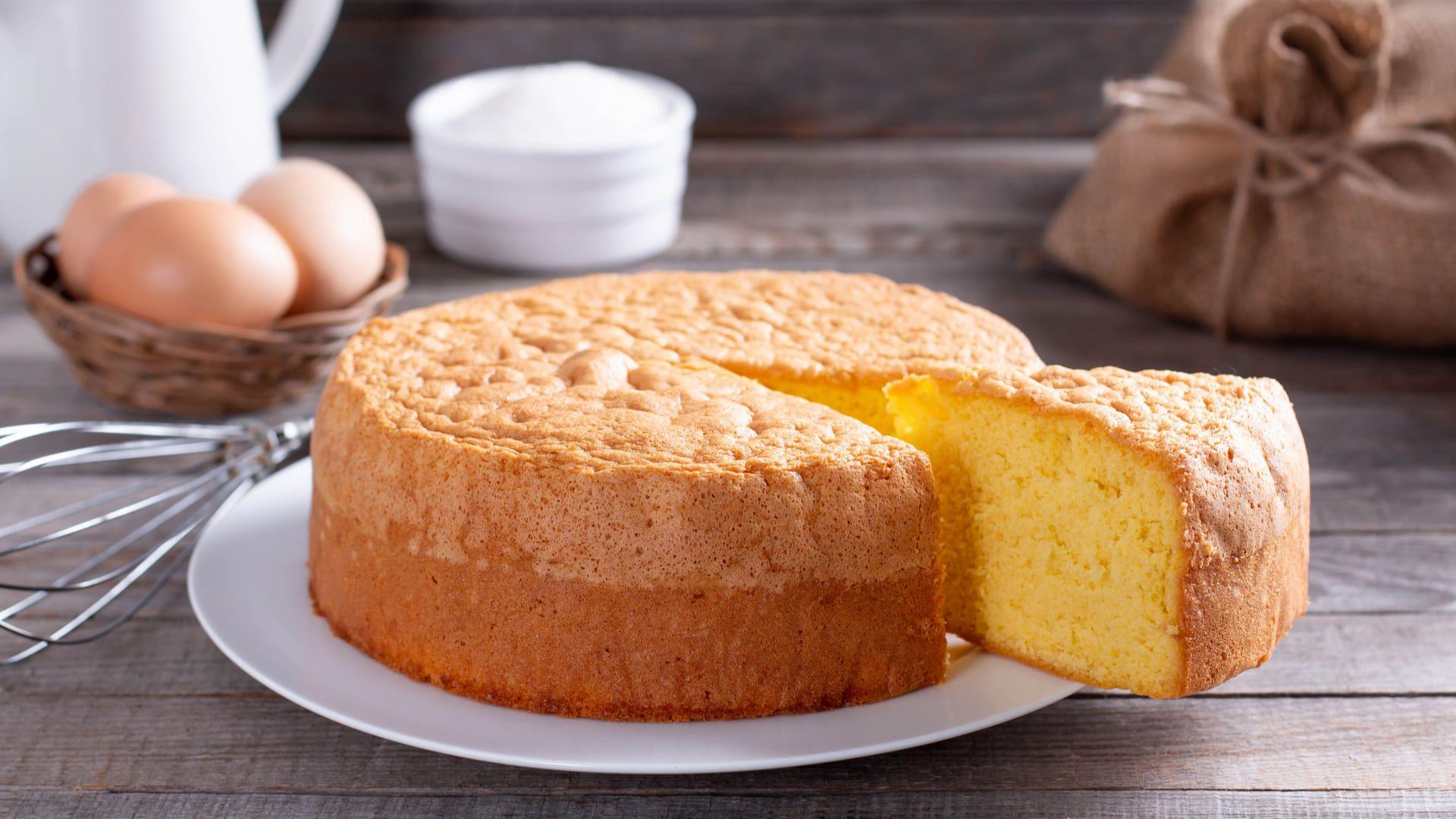 Saiba abaixo como fazer bolo no micro-ondas. (Imagem: Reprodução/Shutterstock)