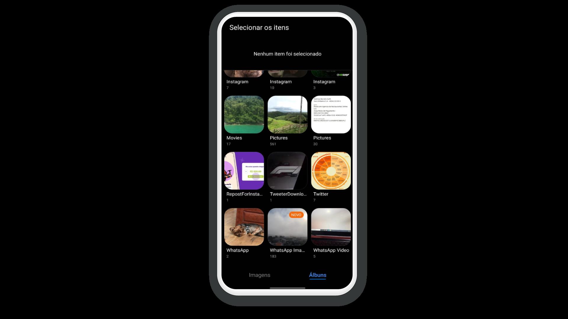 WeTransfer aberto na galeria pessoal do celular para seleção do arquivo desejado.