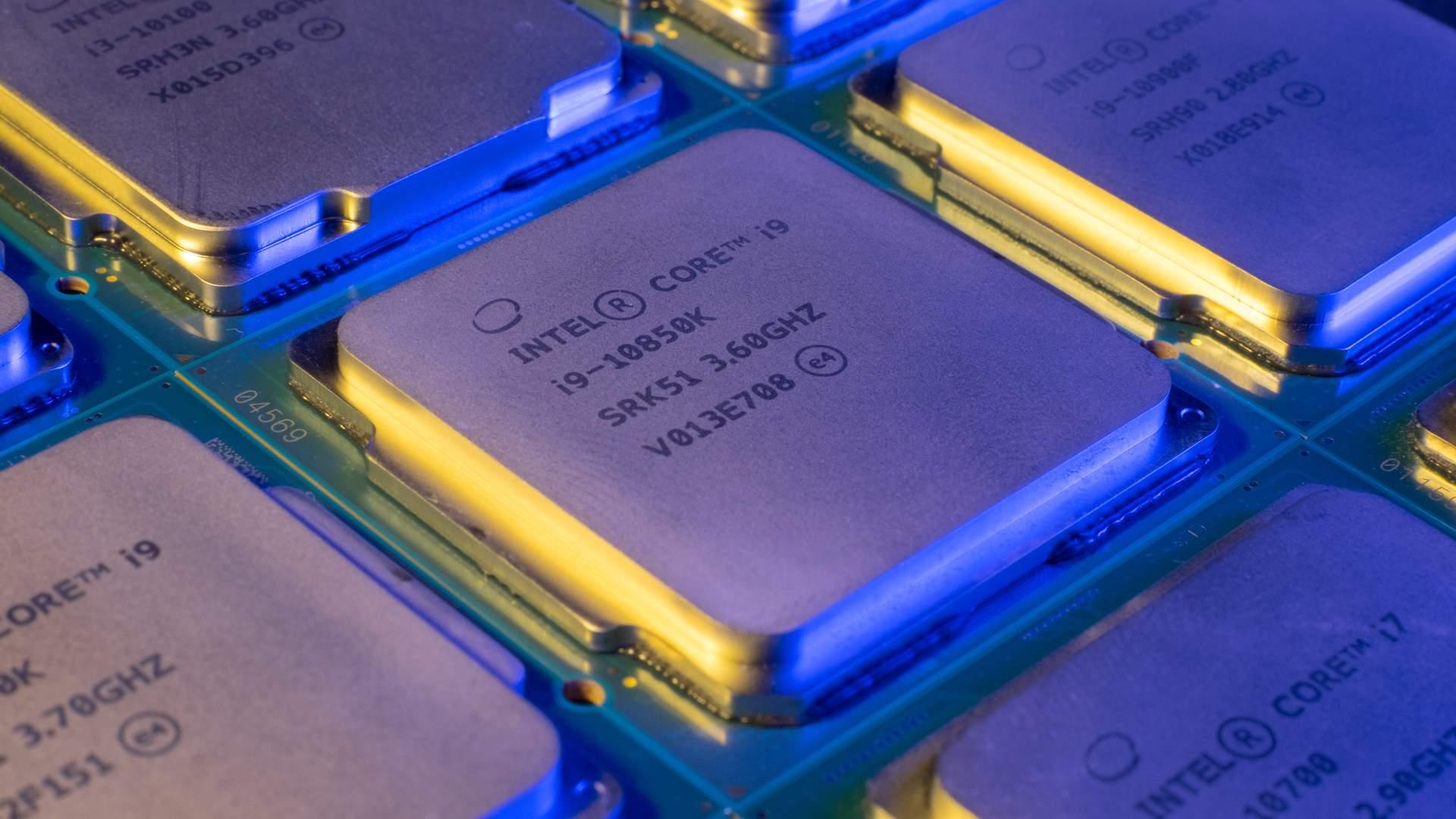 Processadores Intel Core i9 alinhados