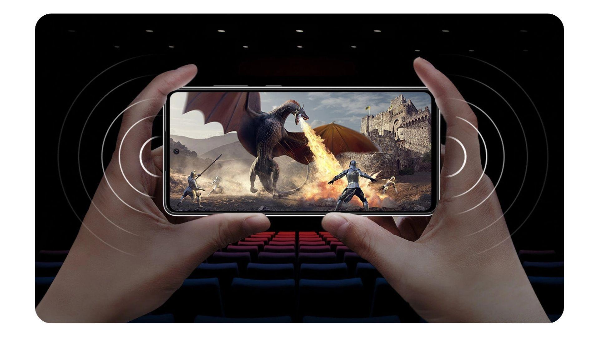 Parte frontal do A72 exibindo um jogo de celular