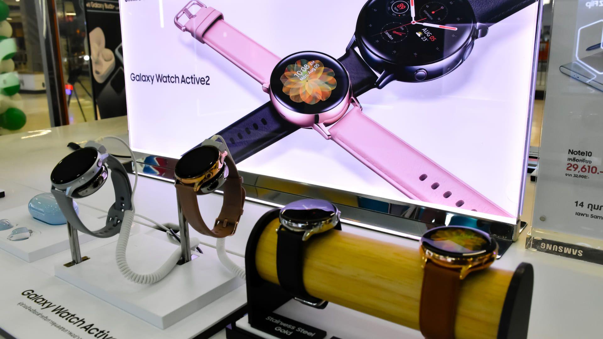 Smartwatch Galaxy Active 2 é um modelo com mais recursos. (Foto: Shutterstock)