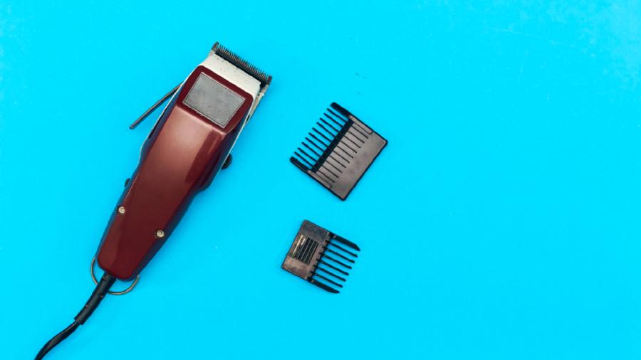 Veja a nossa seleção das melhores máquinas de cortar cabelo Mondial de 2021! (Imagem: Reprodução/Shutterstock)
