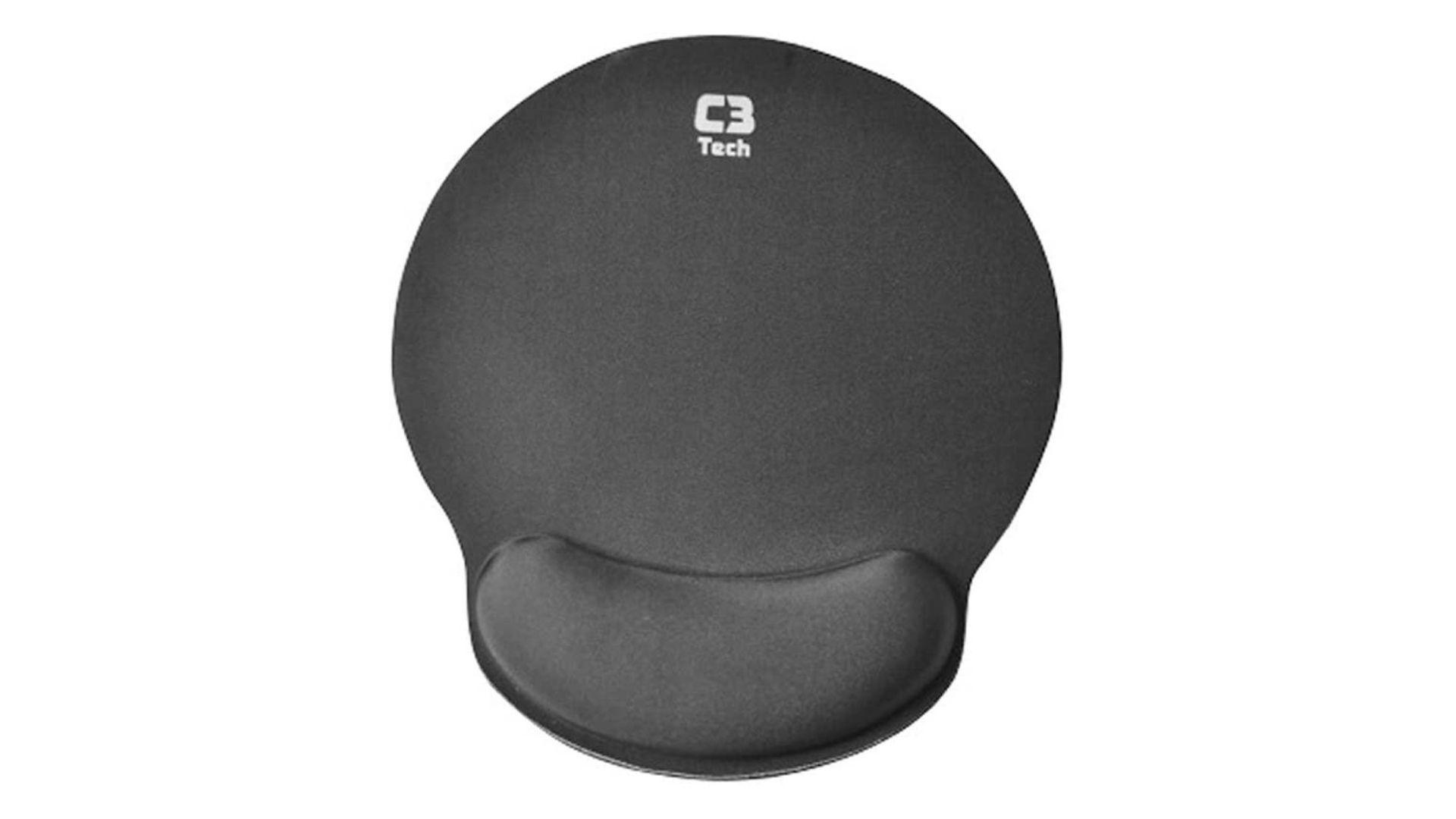 Mouse Pad C3TECH MP preto no fundo branco