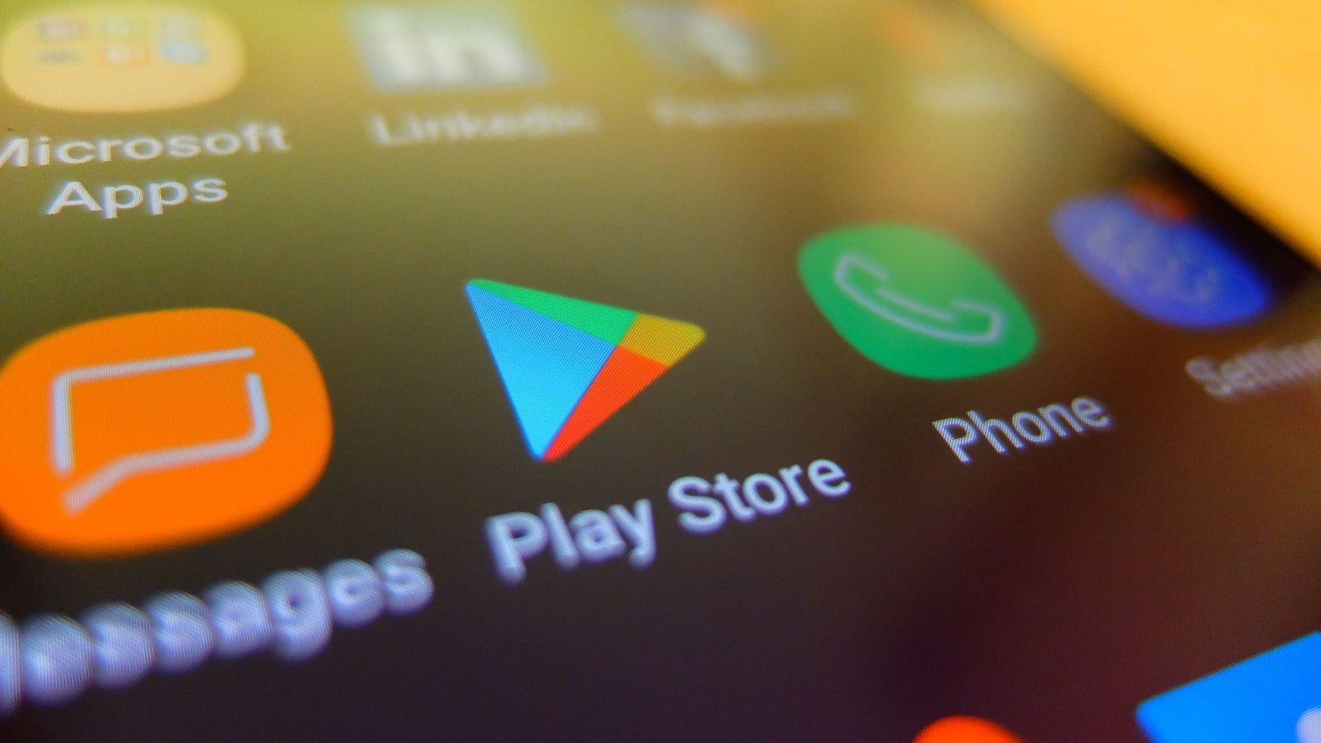 É possível ativar e baixar Play Store para algumas contas no dispositivo enquanto bloqueia para outras (Foto: Shutterstock/East pop)