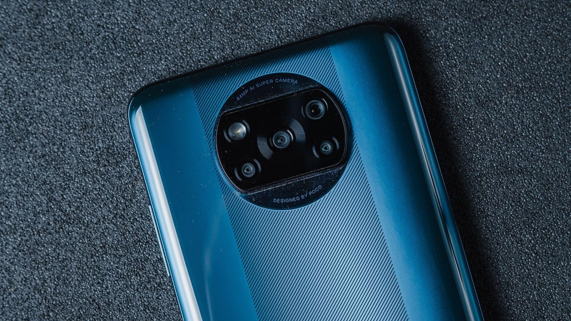 Poco X3 tem variedade de conexões, incluindo NFC e infravermelho (Foto: Zoom)