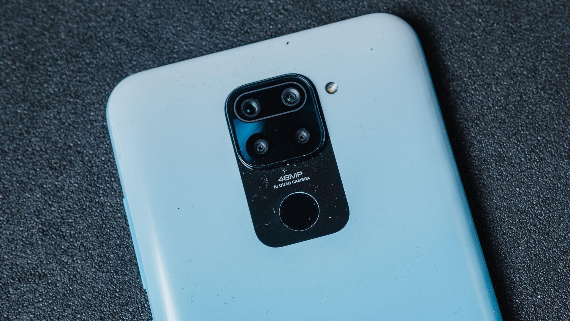 Redmi Note 9 tem conjunto de câmera quádrupla com resolução de 48 MP (Foto: Zoom)