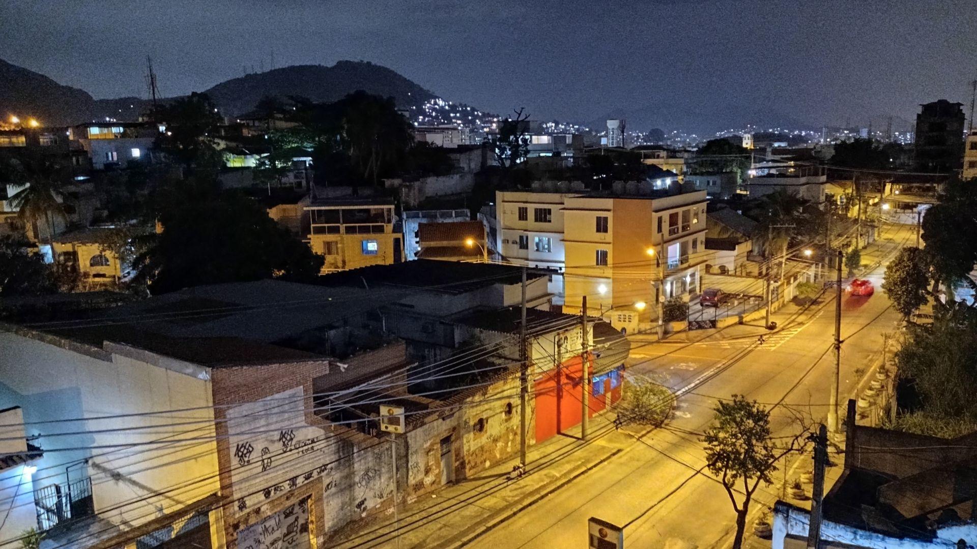 Foto tirada com o modo noturno do Redmi Note 9 (Foto: Zoom)