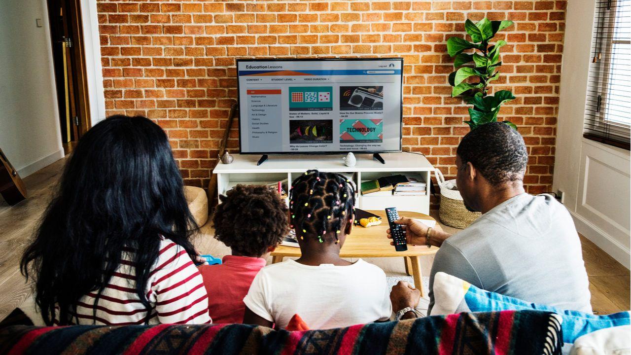A gente te conta como assistir TV online (Foto: Shutterstock)