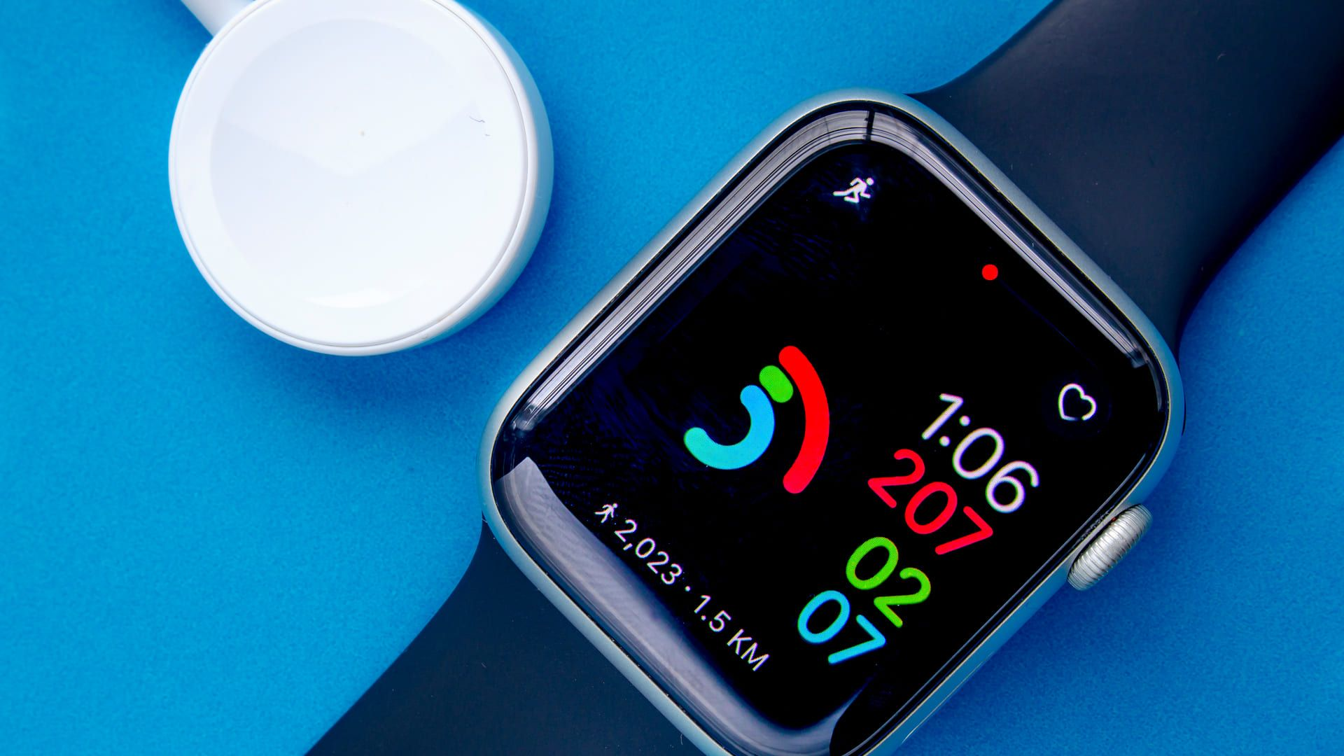Smartwatch Apple Watch Series 6 é o mais completo. (Foto: Shutterstock)