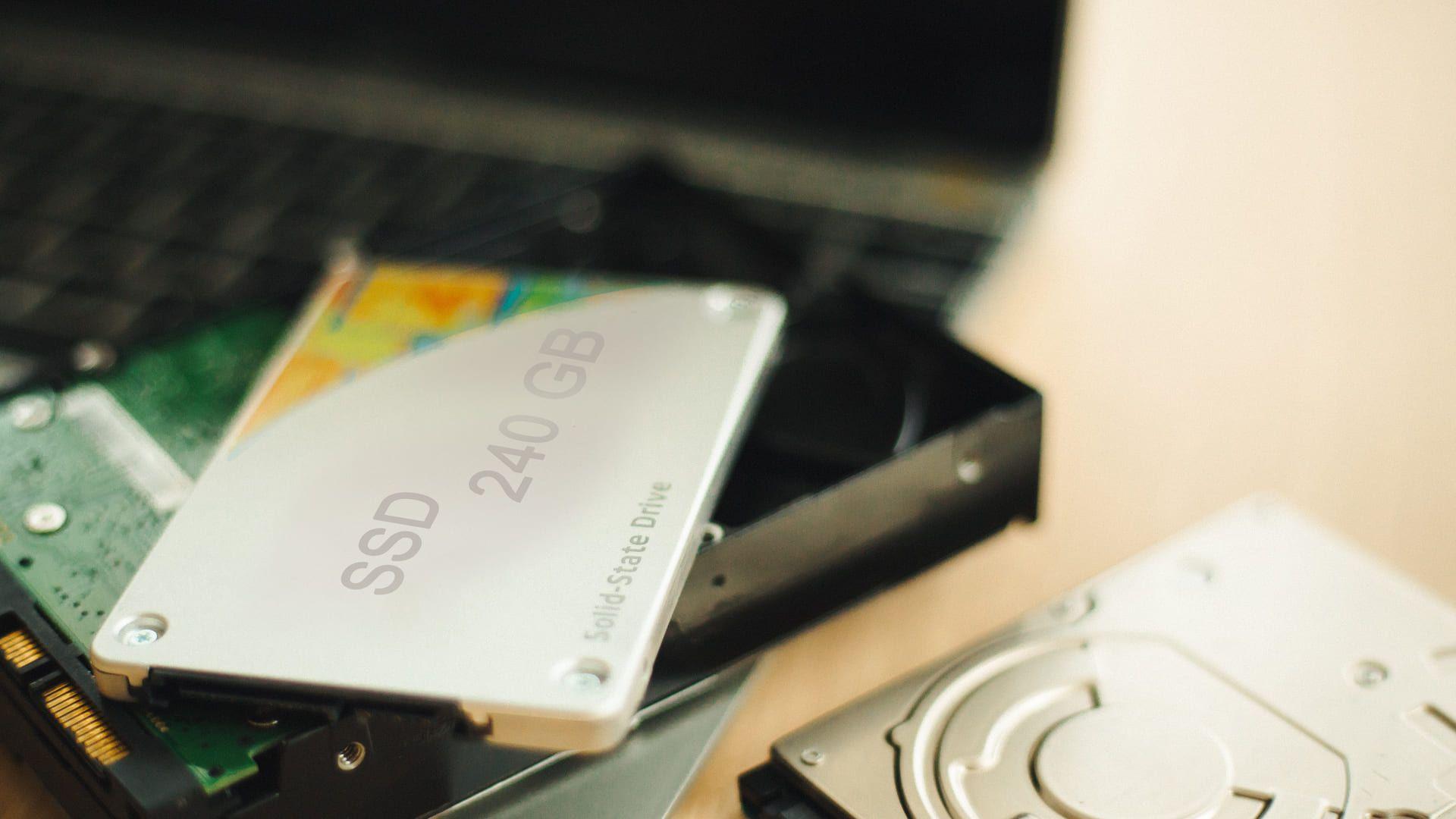 O SSD permite maior velocidade em comparação ao HD convencional (Fonte: Shutterstock)