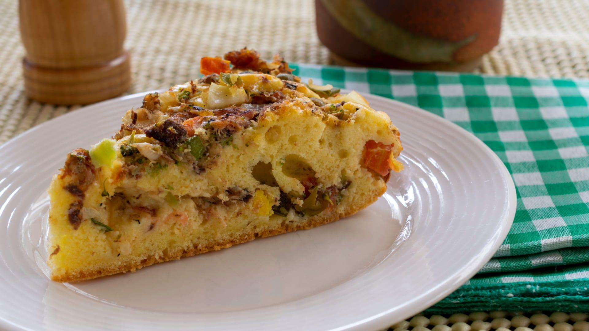 Veja o passo a passo da torta de sardinha no liquidificador abaixo! (Imagem: Reprodução/Shutterstock)