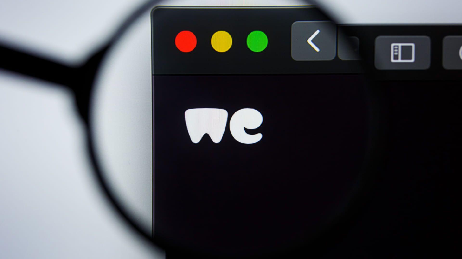 WeTransfer aberto em um macbook.