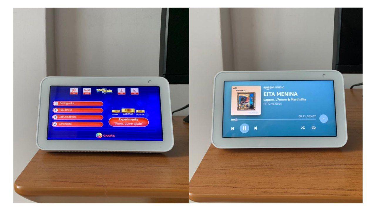 Montagem com duas fotos lado a lado: uma do Echo Show 5 ligado no Show do Milhão e outra, reproduzindo música.