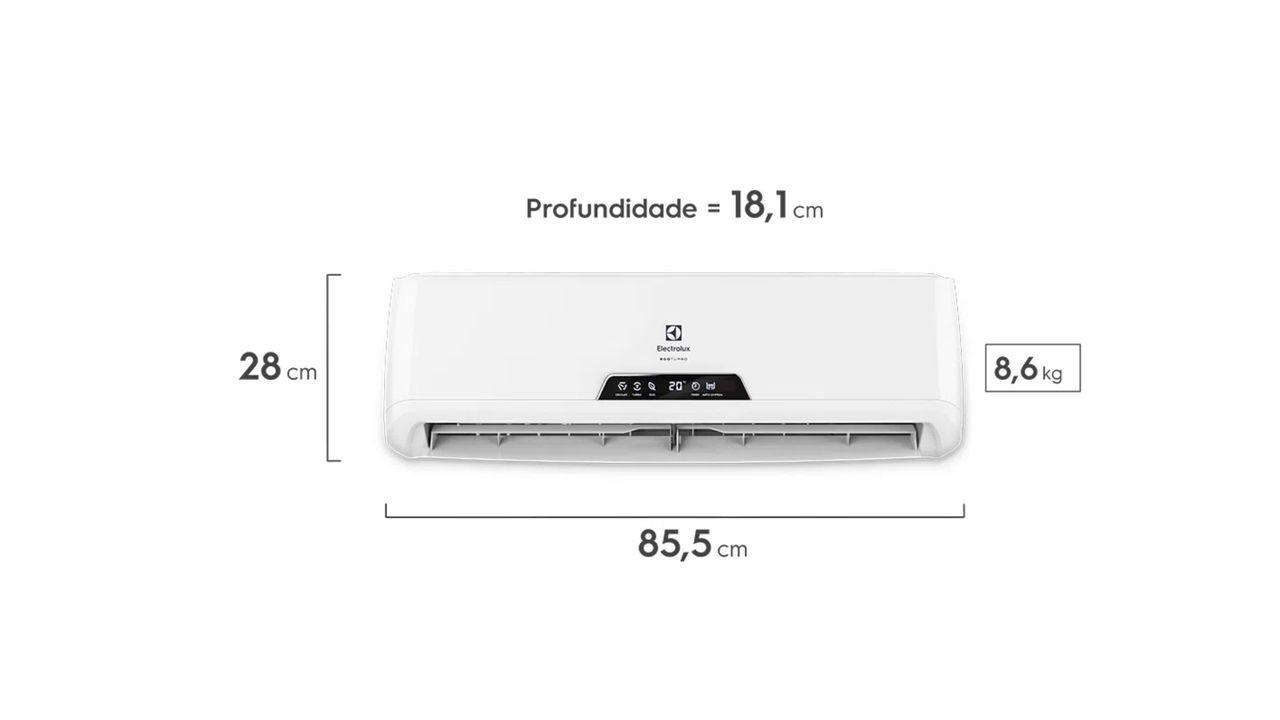 Ar-condicionado split Electrolux Ecoturbo de frente com réguas de medida na altura, largura e profundidade do aparelho.